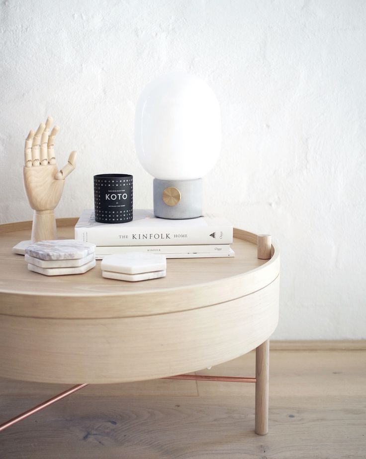Menu turning table, JWDA lamp, HAY wooden hand and Skandinavisk Koto candle.