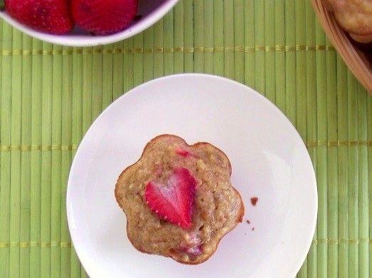 strawberry banana quinoa muffins 4