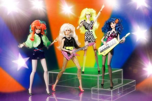 ToyzMag.com » 4 nouvelles poupées Jem et les Hologrammes