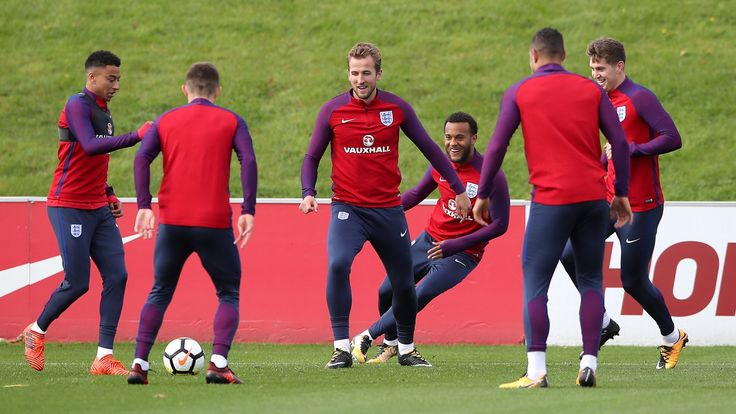 England pair Fabian Delph and Phil Jones miss training ahead of Slovenia game #News #composite #England #FabianDelph