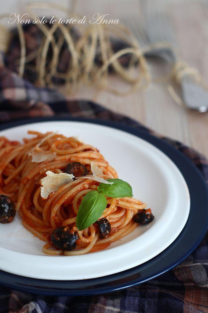 spaghetti al pesto siciliano, una goduria per gli occhi ed il palato!!