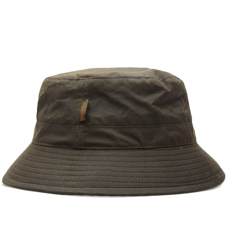 A typically Barbour take on the classic bucket hat, the Sports Hat combines functionality with durability by virtue or a waxed Sylkoil cotton outer, ideal for keeping out the elements.   4oz Sylkoil Waxed Cotton Construction Woven Label Embroidered Barbour Logo Style Code: MHA0001OL71