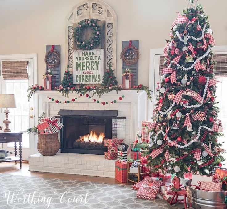 Farmhouse style Christmas tree and fireplace    Worthing Court