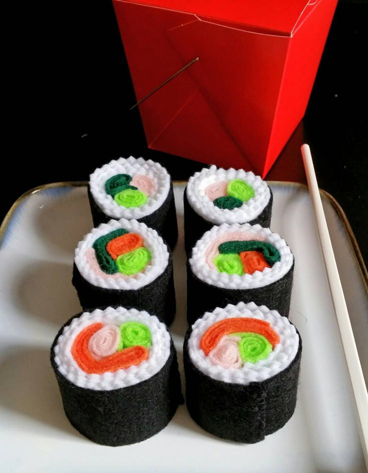 Felt play food sushi rolls by dekapo on Etsy https://www.etsy.com/listing/223990376/felt-play-food-sushi-rolls