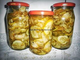 """Moje domowe kucharzenie...: Sałataka """"gyros"""" z cukini i ogórków"""