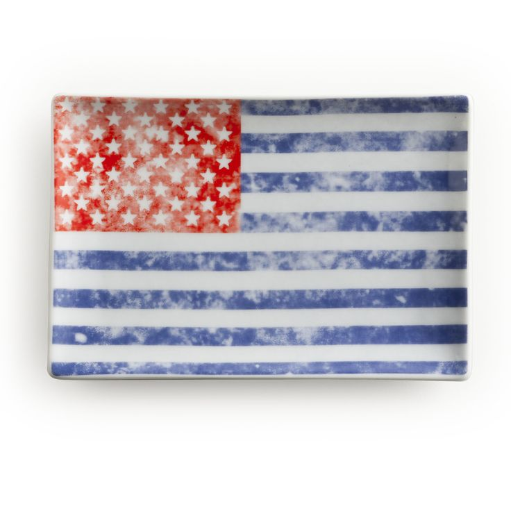 Voyage Vintage Flag Rectangular Serving Tray
