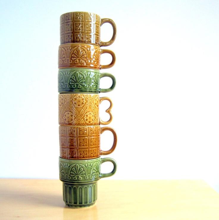 Retro Dishes Mugs Japan Stacking Totem