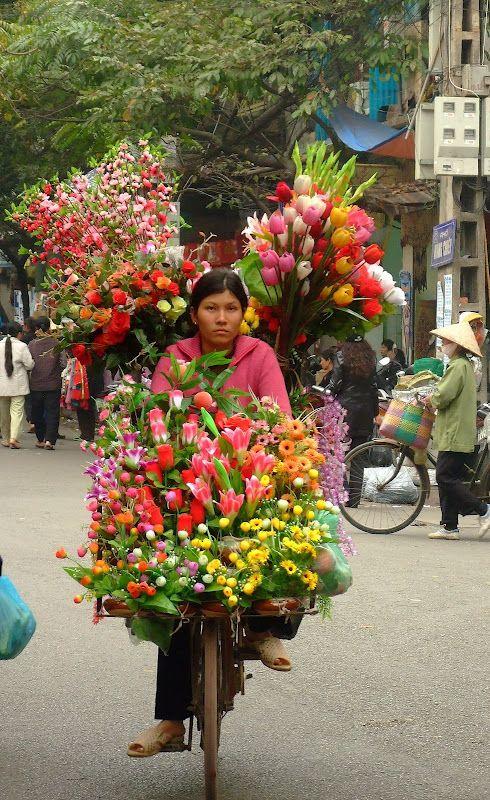 ...En una bici llena de flores