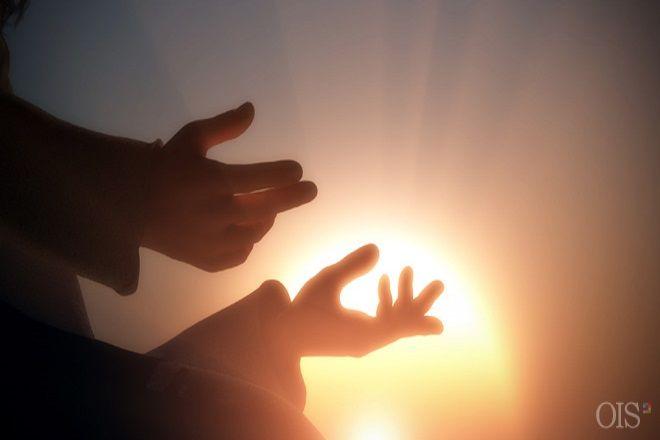 ¿Dios Todopoderoso no puede venir a la tierra en la carne? =Si realmente desean ser salvos, deben abandonar los conceptos erróneos y creer en #Cristo_Ahnsahnghong que vino por segunda vez a la tierra en la carne, según las profecías de la Biblia. Además, deben guardar el #Día_de_Reposo y la #Pascua del nuevo pacto que Dios restableció. Espero que puedan venir a la Iglesia de Dios Sociedad Misionera Mundial para estudiar a través de la Biblia sobre Cristo Ahnsahnghong, quien es Dios en la…