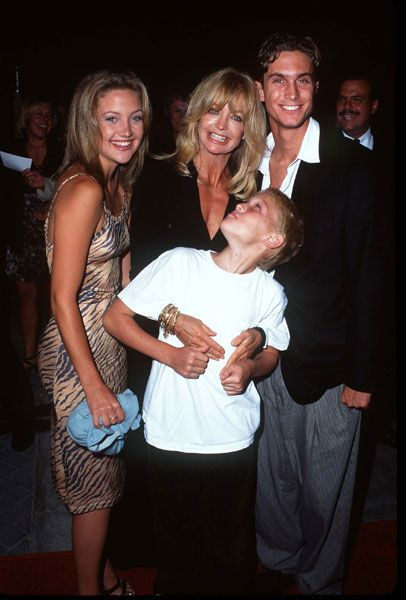 Kate Hudson Kate Hudson, Goldie Hawn, Oliver Hudson and ... Oliver Hudson And Kate Hudson