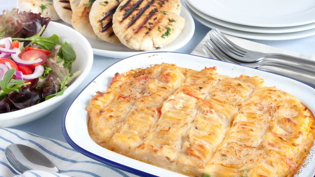 how to cook a frozen uncooked meat pie