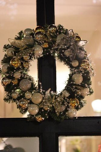Soiree-DIY-Angel_Party-Truffaut-Deco-Couronne-Noel-Christmas-Ring-porte