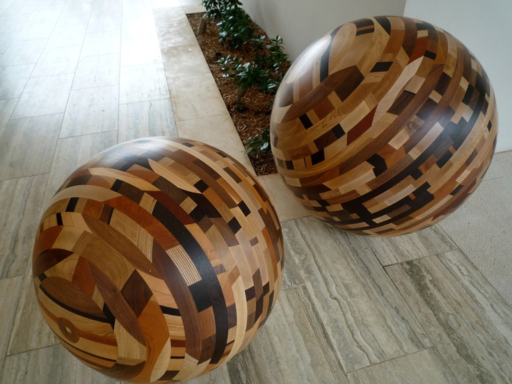 perfect decorative pieces for the foyer.