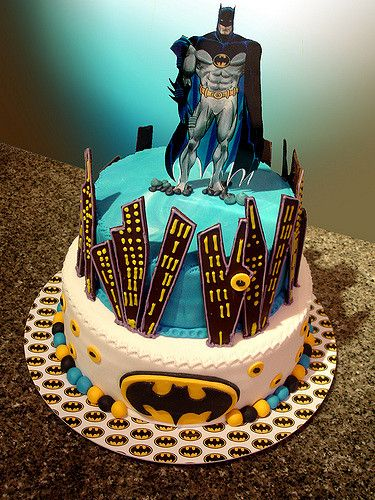 17 Best Ideas About Batman Cakes On Pinterest Easy