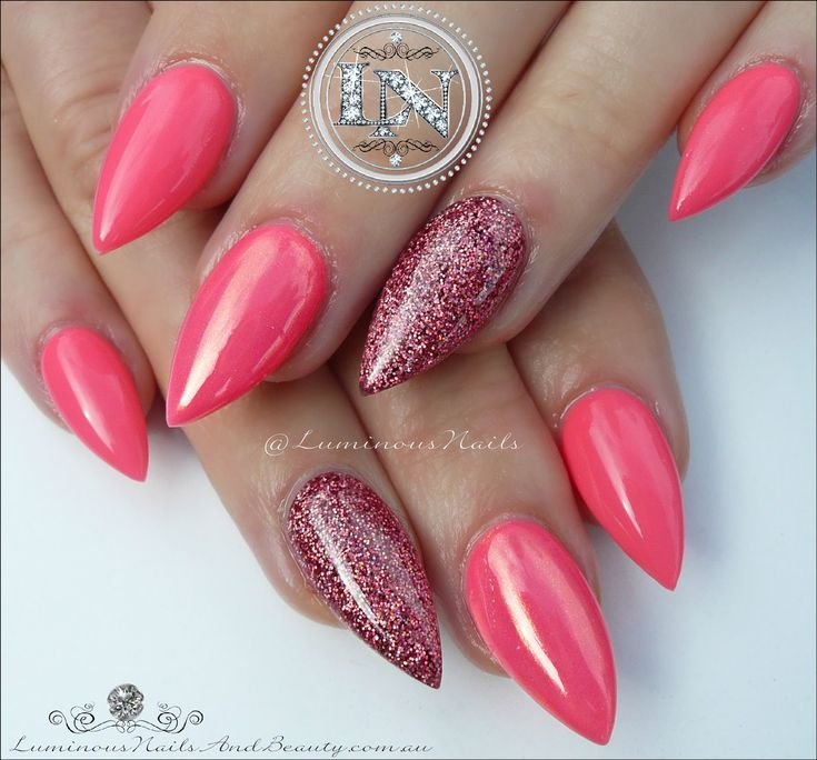 Best 25+ Coral Nails Gold Ideas On Pinterest