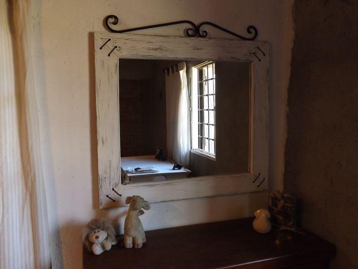 Espejo Rustico Decapé c/detalles en Hierro Forjado