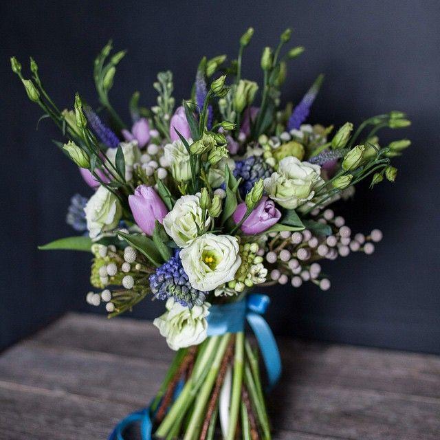 Eustoma / ʙrunija / tulip / hyacinth bouquet