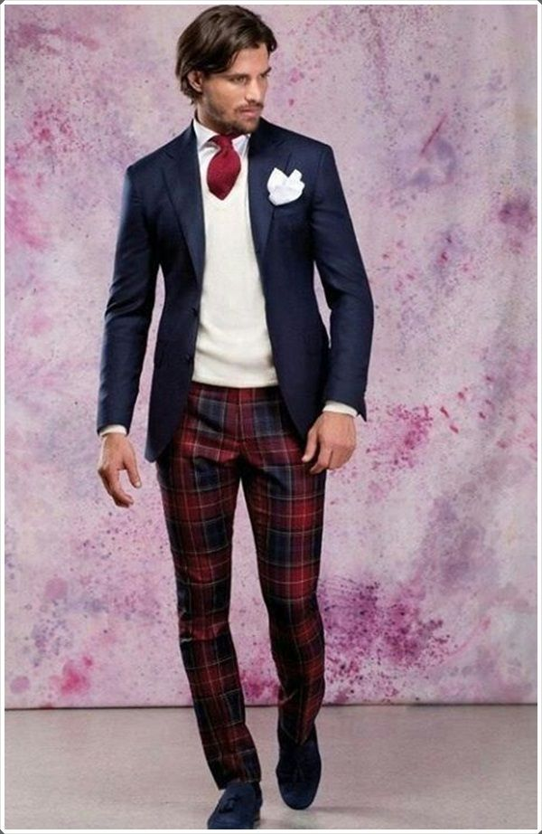 This plaid pant is very fancy and good for impressing people.