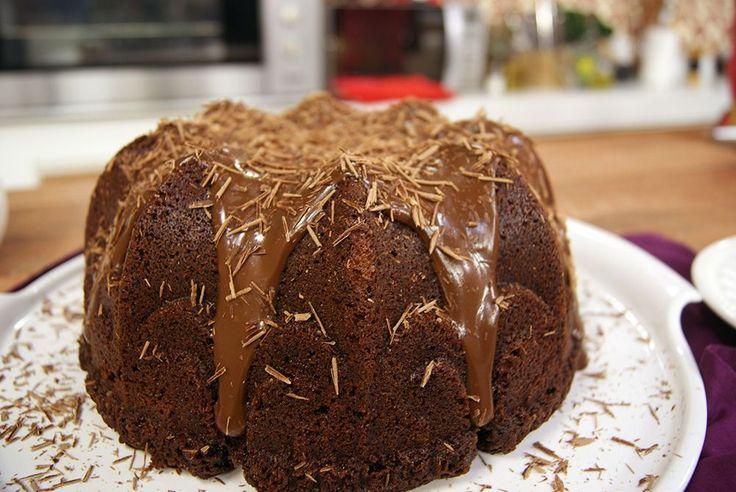 Bolo de Chocolate Da Vovó http://entretenimento.band.uol.com.br/diadia/receita/24339/Bolo-de-Chocolate-Da-Vov%C3%B3.html