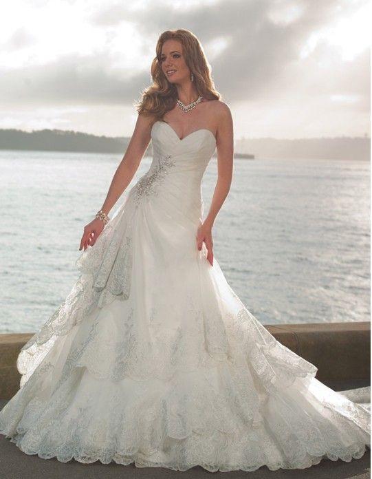De nouveaux niveaux 2013 bustierquailty perlées. cristaux appliques de dentelle robes de mariée robes de