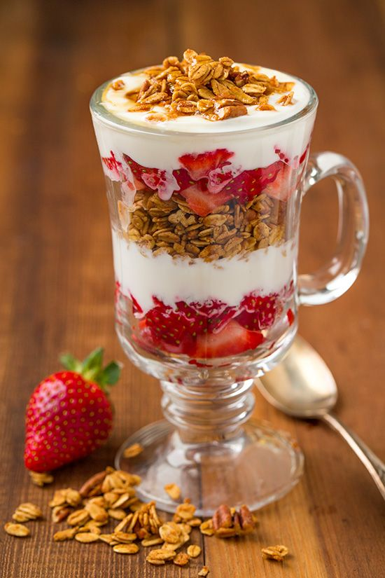 Maple Pecan Granola ~ so delicious with greek yogurt and fresh ...