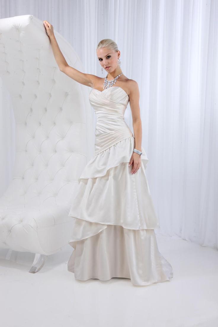 11 besten Destiny by Informal by Impressions Wedding Gown Bilder auf ...
