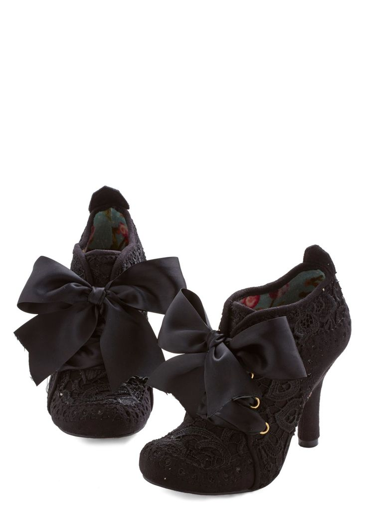 Strut You Wanted Heel in Black. That commanding strut in your step today is attributed to these black heels by Irregular Choice! #black #modcloth
