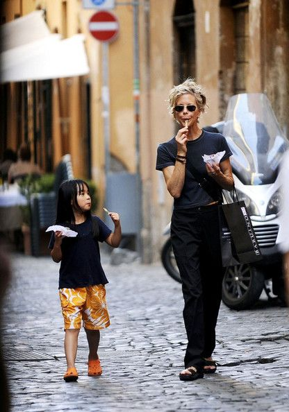 Meg Ryan Photo - Meg Ryan and Daisy True on Vacation