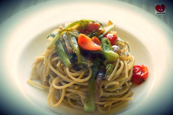 Spaghetti puntarelle e pomodorini.
