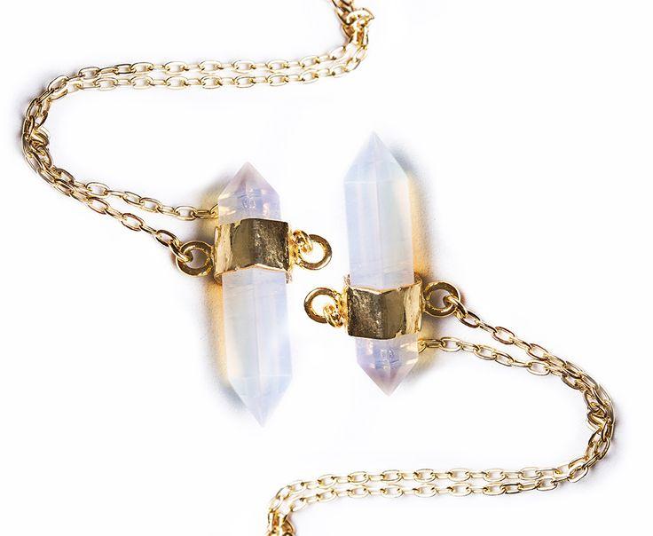 Collar de cuarzo blanco de Ananda Store $46.400
