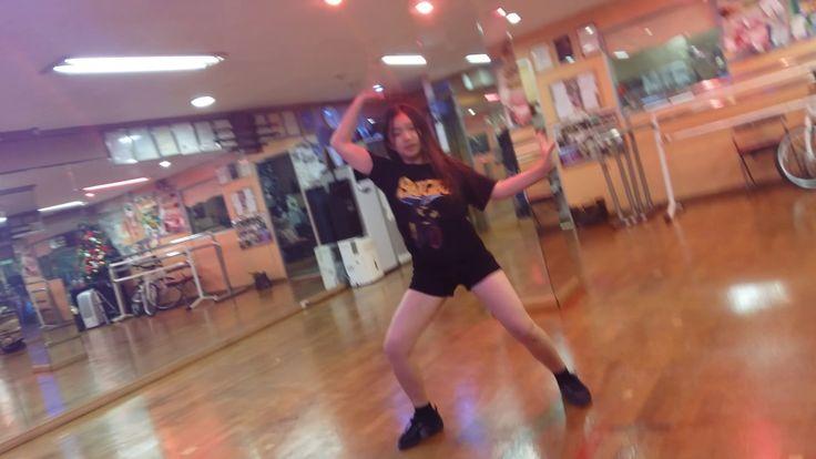2- movic pic cam -  Shape  of  you .  ED sheeran .  Korea  13 old  dance...