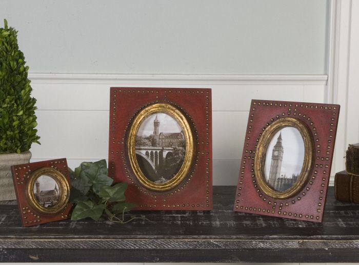 (http://www.rbghomestore.com/abeo-burnt-red-photo-frames/)