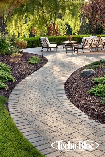#Walkway #Steps Elena paver by Techo-Bloc: A versatile paver with unlimited possibilities.