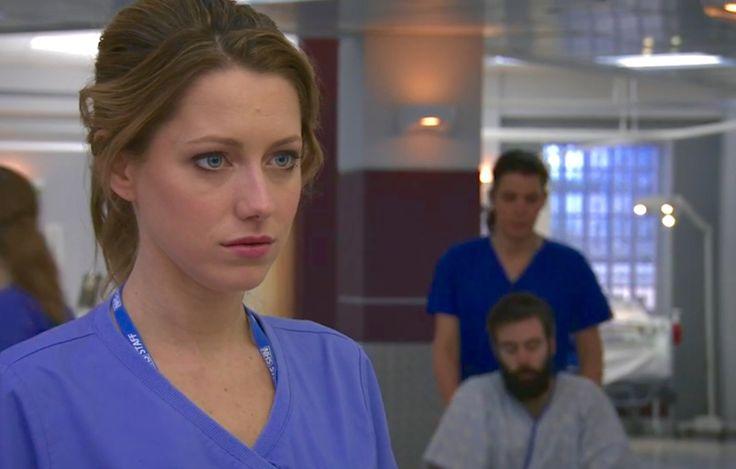Holby City (17/36) New nurse Cara Martinez (Niamh Walsh)