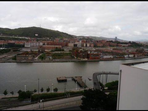 Ref.9353 Alquiler de piso en Bilbao. Turismo Bilbao, Museo Guggenheim, Funicular....