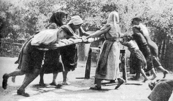 Kenderdörzsölés (kenderkallo) 1942
