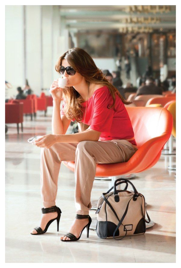 travel in style: Isabeli Fontana, Travel Chic, Fashion Style, Airports Chic, Expressed, Mango, Travel Outfit, Bags, Terry Richardson