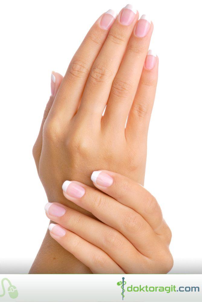 Tırnaklarınızın Rengi Sağlığınızla İlgili İpuçları Verir! #Tırnak üstündeki beyaz lekeler; kalsiyum eksikliğinden, sert manikür işlemlerinden kaynaklanabilir. Ayrıca tırnak mantarının da belirtisidir. Sararmış tırnaklar; genelde sürekli oje kullanılmasından dolayı, tırnağın hava almamasından kaynaklanır. Ayrıca sararmış tırnaklar tiroid, akciğer, şeker hastalığı ve sedef hastalığı gibi ciddi hastalıkların belirtisi olabilir. Devamı için tıklayınız; http://on.fb.me/1lJGWif