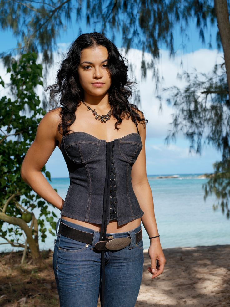 Michelle Rodriguez Displays Her Sculpted Physique On A Beach In