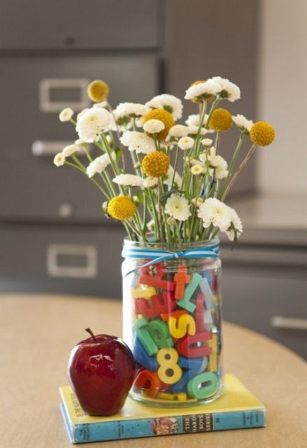 Cute back to school centerpiece...Are you sad to see the kids go back to school? Are you more like the moms in this video??