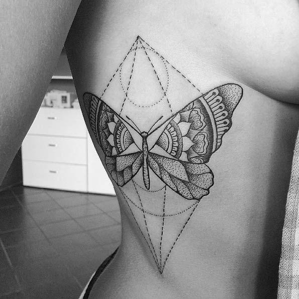 Butterfly Tattoo on Side von Alan Gog