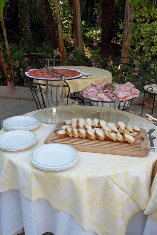 #HappyHour in the #garden... #cocktails #fingerfood #LakeGarda