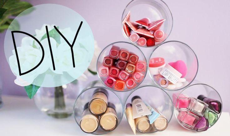 organizador hecho con frascos de cristal