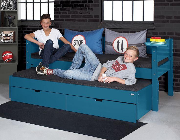 125 besten platzsparende m bel bilder auf pinterest einrichtung arquitetura und bett bauen. Black Bedroom Furniture Sets. Home Design Ideas