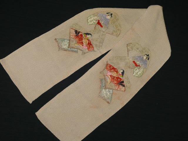 "Antique Light Pink ""Oni-Chirimen Han-Eri"" with Hand-Embroidered ""Hina-Ningyo"" (Kimono Dolls) Motifs"