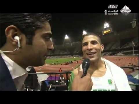 FOOTBALL -  taoufik makhloufi avec hicham el guerrouj après sa victoire la médaille d'or 1500 london 2012 - http://lefootball.fr/taoufik-makhloufi-avec-hicham-el-guerrouj-apres-sa-victoire-la-medaille-dor-1500-london-2012/