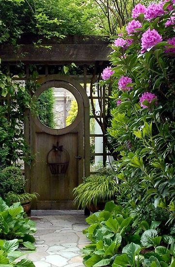 A beautiful garden entrance ...