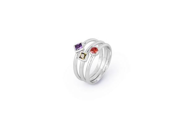 925 | MELODY | Brosway #brosway #melody #anelli #silver #colours Anello in argento 925 e zirconi verde, ametista e granata.