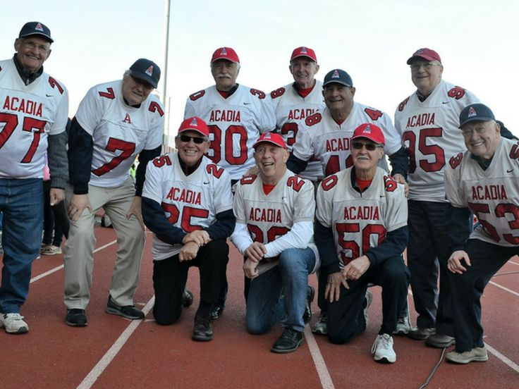 #ICYMI2017 @theacadiaathletics Football alumni are still an essential part of the team as donors. Learn more http://qoo.ly/kbzhk #AcadiaUGives