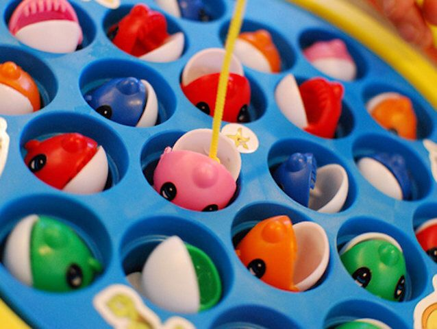 Fish Toy Game 70s : Which s toy are you toys dr who and fish